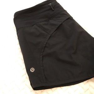 """Lululemon 4"""" black speed up shorts"""